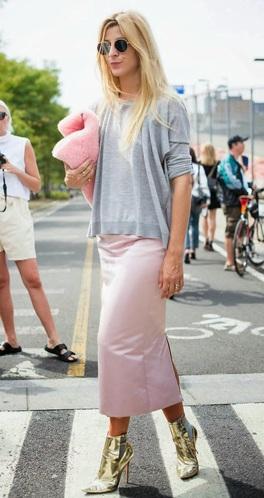 a-Hache-pink-fluffy-furry-clutch-ada-kokosar-fashion-week-2013